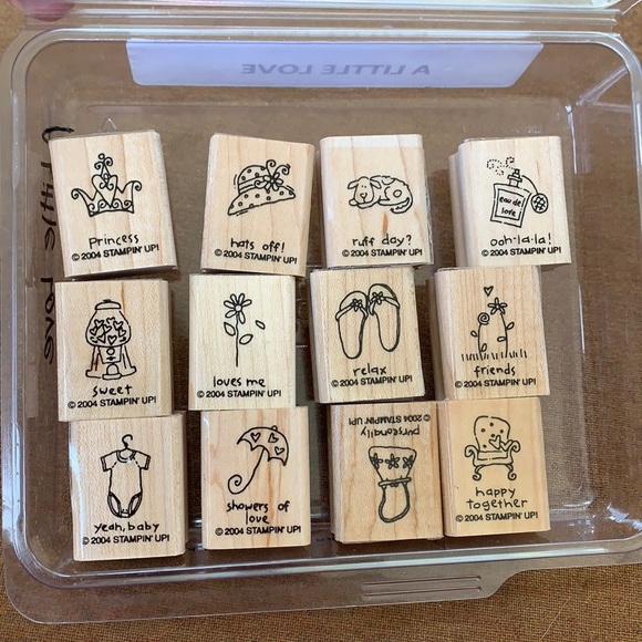 "EUC Stampin' Up ""A little love""12 stamp collection"